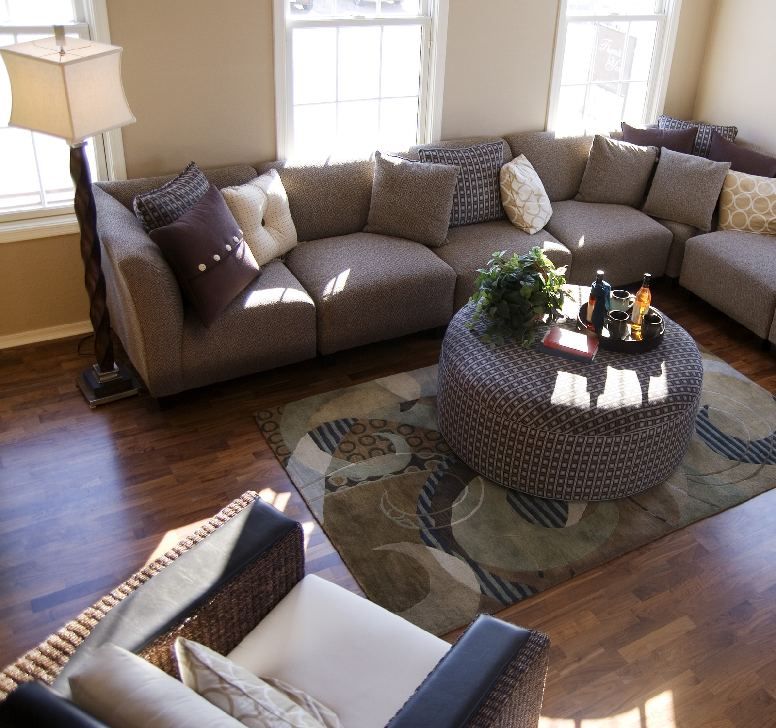 How To Arrange Living Room Furniture